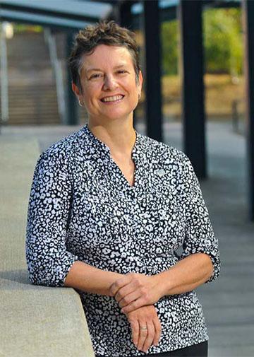 Dr. Lisa Avery